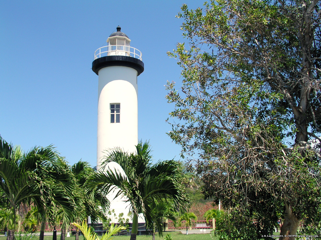 Rincon Lighthouse.jpg